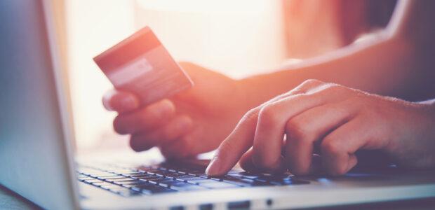 Sådan sparer du penge med internettet